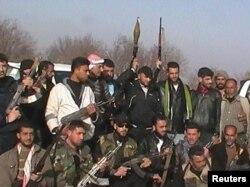 Эркин Сирия армиясынын жоокерлери