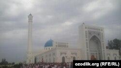 Minor O'zbekistonning eng katta va eng hashamatli masjididir.