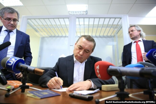 Микола Мартиненко в залі суду