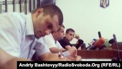 Обвинувачені у побитті журналістів 18 травня