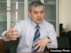 Уәлихан Қайсаров.