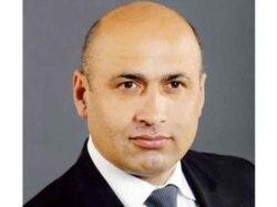 Azər Badamov: Azərbaycan inkişaf edən ölkədir. Ölkə inkişaf etdikcə Konstitusiyada dəyişikliklərə ehtiyac yaranır [audio]