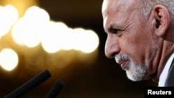 President Ashraf Ghani has promised to fight corruption, but critics doubt his capacity to go after powerful elite implicated in corruption scandals.