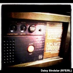 A radio in Sarajevo's Holiday Inn, the main base for journalists who were covering the war