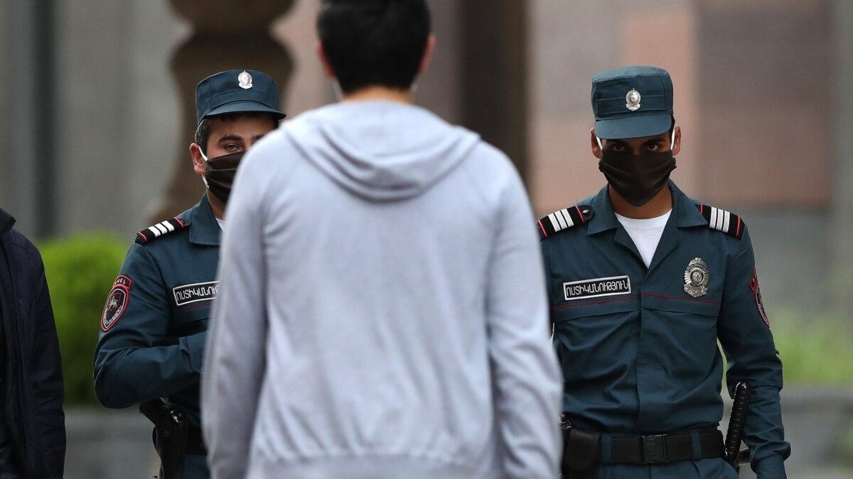 Դիմակի համար տուգանքի «լիմիտը» բարձրացրել են. ոստիկանները դժգոհում են.«Հրապարակ»