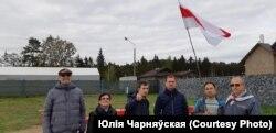 Юры Зісер з удзельнікамі «Курапацкай варты», 8 траўня 2019