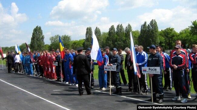 Російські делегації були найбільшими на заходах в Луганську. Міжнародні змагання з пожарно-прикладного спорту, Луганськ, травень 2008