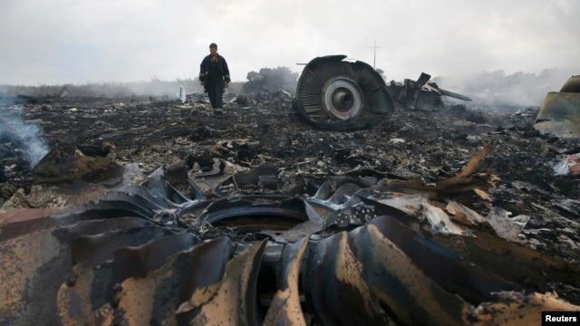 """Место крушения малайзийского """"Боинга"""" на востоке Украины, 17 июля 2014 года"""
