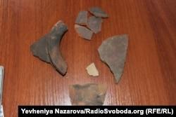 Уламки посуду, знайдені гідроархеологами