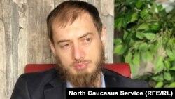 Руководитель шведской благотворительной организации VAYFOND Мансур (Мовсар) Садулаев