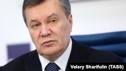 ЗМІ пишуть, що Януковича госпіталізували у нерухомому стані