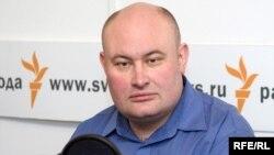 Russia -- Aleksey Makarkin, the deputy of the head of the Political technology center, Moscow studio, 29Jan2009, время гостей