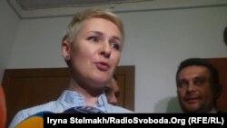 Тетяна Козаченко, директор департаменту з питань люстрації Міністерства юстиції коментує обшуки у своїй квартирі та кабінеті, 21 квітня 2015