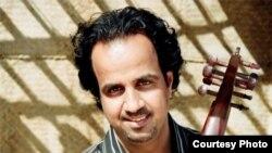 الفنان أحمد مختار