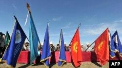 Кыргызстанда каттоодон өткөн саясий партиялардын саны азыр 160тан ашты.