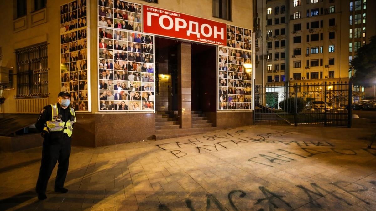 «Это изменение фигур Поклонской и Гиркина с предательницы и диверсанта на медиаперсон» – Портников об интервью Гордона