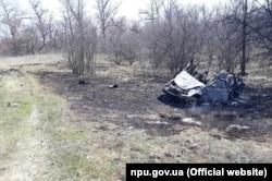 Место взрыва возле села Песчаное в Станично-Луганском районе