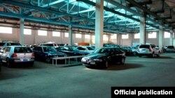 Հայաստան - Ներմուծված ավտոմեքենաներ մաքսային անցակետում, արխիվ