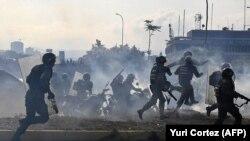 Подавление антиправительственных выступлений в Каракасе, столице Венесуэлы. Апрель 2019 года.
