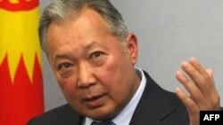 Собиқ президент Бакиев Қирғизистон суди томонидан сиртдан маҳкамага тортилмоқда.