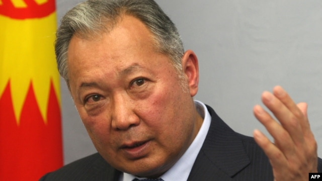 Former Kyrgyz President Kurmanbek Bakiev holds a press conference in Minsk in June 2010.