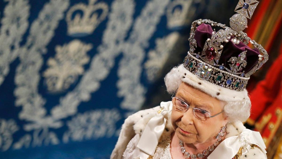 Коронавирус: Елизавета II в четвертый раз за время своего правления записала специальное обращение к народу