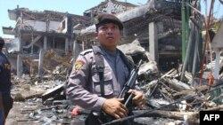 Після вибухів 2002 року в туристичному районі на острові Балі