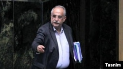 Masoud Karbasian, finance minister in Rohani's cabinet, is impeached on 26 Aug 2018