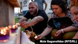 С 23 числа Заза Саралидзе и неправительственная организация «Центр реформы правосудия» начали кампанию по объединению людей, пострадавших от системы