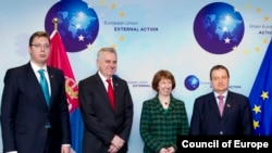 Belgium -- EU foreign-policy chief Catherine Ashton meets with Serbian First deputy Prime Minister Aleksandar Vucic (L), Serbian President Tomislav Nikolic and Serbian Prime Minister Ivica Dacic (R) in Brussels, 11Mar2013