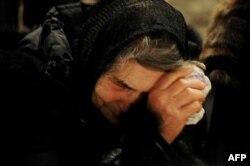 87-летняя Дина Эйдман на похоронах своего сына