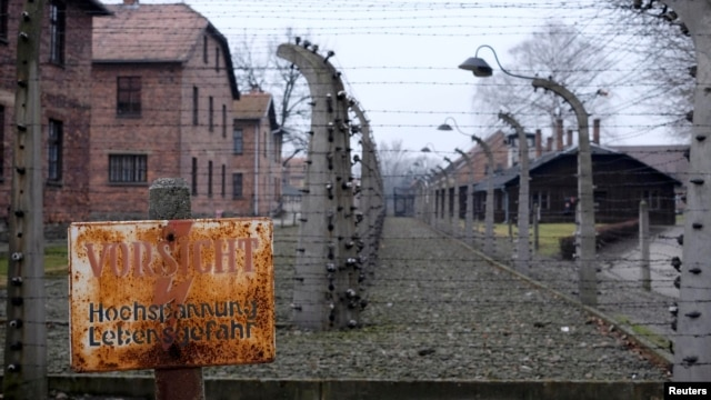 The claim that it was mostly Ukrainians who liberated Auschwitz threatens to deepen a rift that reflects current animosity and deep historic tension between Moscow and its Soviet-era subjects.