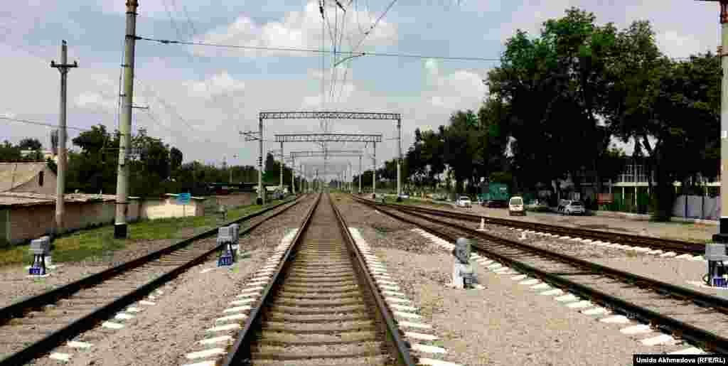 Изначально Сергели называли железнодорожную станцию.