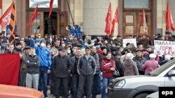 Харьковтегі ресейшіл шерушілер. Украина, 7 сәуір 2014 жыл.