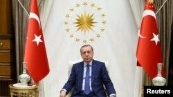 Erdoğan Ankarada, prezident sarayında, 22 may, 2016