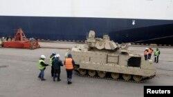 Амэрыканскія танкі ў Рызе