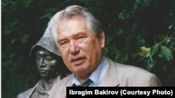 Қырғызстан жазушысы Шыңғыс Айтматов.