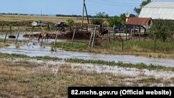 Затопленные улицы в селе Котовское Раздольненского района