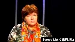 Alina Radu în studioul Europei Libere