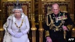 Королева Єлизавета II і її чоловік принц Філіп, фото 2015 року