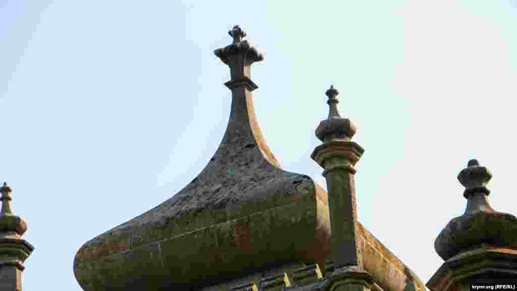 Купол вежі також потребує реставрації