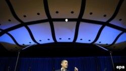 Președintele Barack Obama vorbind la Cambridge, Massachusetts despre încălzirea globală