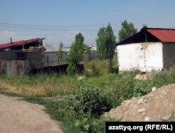 Шаңырақ ауылы. Алматы, 27 маусым.2011 жыл. (Көрнекі сурет)