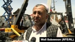 احمدزی: دو سال میشود که هیچ کار و بار نیست.