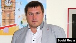 Belarus - Navapolatsk businessman head of tourism and transport companies, 36-year-old Andrey Kanavets registered an initiative group to collect signatures for registration of presidential candidate, 16Jul2015