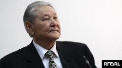 Серикболсын Абдильдин на своей прощальной пресс-конференции. Алматы, 20 апреля 2010 года.