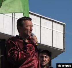 Игорь Житенев на митинге против добычи никеля, 2012 год