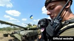 Arxiv fotosu. Ukrayna hərbçiləri