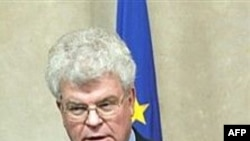 """Russia's ambassador to the EU, Vladimir Chizhov, """"highly doubts"""" there will be sanctions against Russia"""