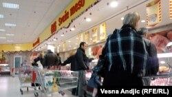 Pažljivo sa kupovinom hrane životinjskog porekla (ilustrativna fotografija)
